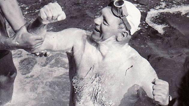 František Venclovský po zdolání kanálu La Manche.