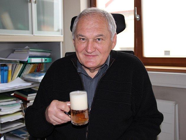 Prestižní Cenu českého sládka Františka Ondřeje Poupěte za přínos pivovarství a sladařství v České republice získal Vilém Nohel, který pracuje jako výrobně-technický ředitel pivovarů Zubr, Litovel a Holba.