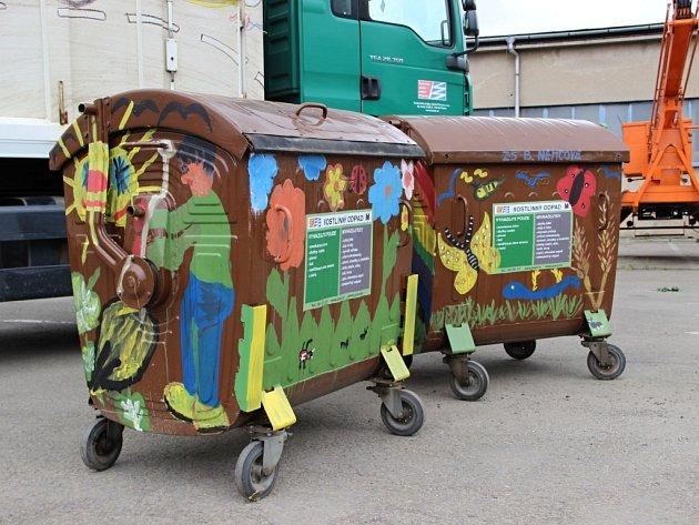1. Veselý kontejner - ZŠ B. Němcové
