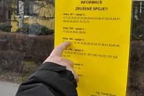 Leták upozorňující v pondělí 8. února na zrušené spoje v přerovské MHD