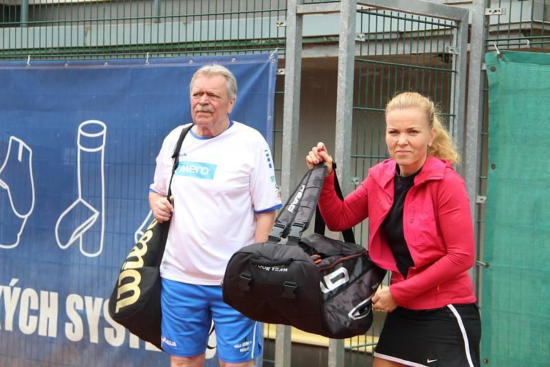 Tenisová akademie Petra Huťky Acuna cup v Přerově. Červen 2021