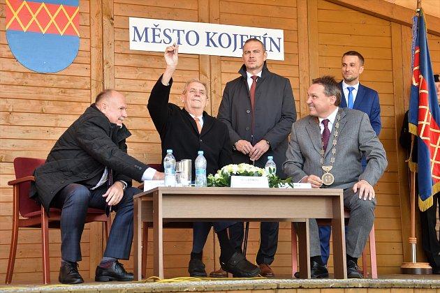 Prezident Miloš Zeman na návštěvě Kojetína - setkání s občany