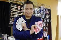 Čtrnáctiletý Marco Magic ze Slovenska byl jedním z účastníků sobotního setkání kouzelníků v hotelu FIT v Přerově.
