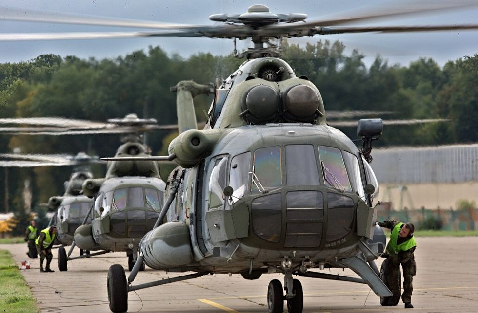 Konec vrtulníkové letky v Přerově, posledních devět strojů Mi – 171š odletělo