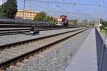 První etapa náročné modernizace železničního uzlu v Přerově pomalu spěje ke svému konci. Nejnáročnější stavbou byla rekonstrukce železničního mostu.