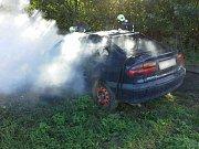 Požár auta v Prosenicích na Přerovsku