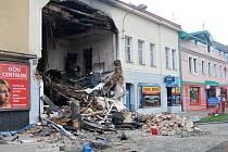 Dům v Kramářově ulici v Přerově jeho okolí dva dny po nehodě