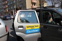 V Přerově začala od pondělí fungovat nová služba - senior taxi.