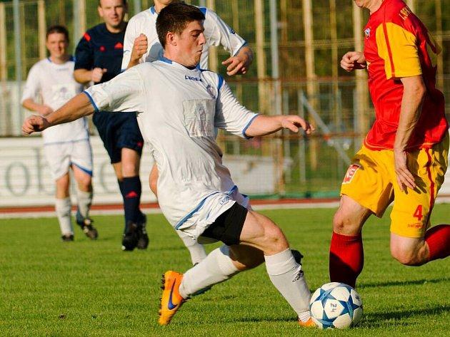 Přerovští fotbalisté (v bílém). Ilustrační foto