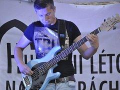 V rámci festivalu Hudební léto na hradbách vystoupila v úterý maďarská skupina Special Providence.