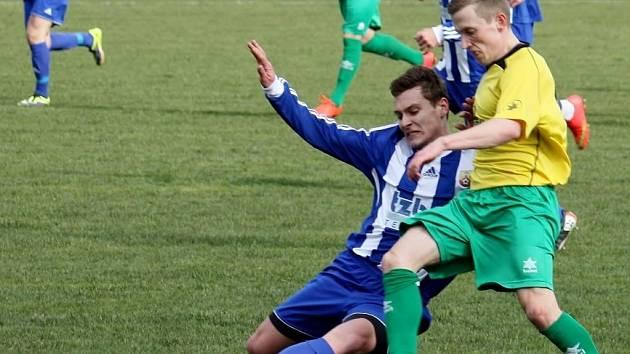 KANONÁDA. Divizní fotbalisté Hranic zvítězili o víkendu nad Rýmařovem 4:0. V neděli pak zajíždí k utkání s béčkem Opavy.