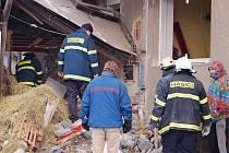 Dům v Dolním Újezdu zdevastoval výbuch propan-butanové lahve