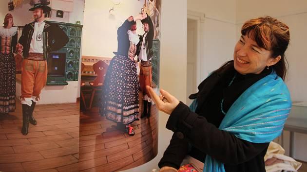 """Návrat k hanáckým tradicím a jejich přiblížení mladé generaci - taková bude výstava """"Poklady z hůry aneb Jak se žilo na Hané"""", kterou v těchto dnech připravují pracovníci Muzea Komenského v Přerově."""