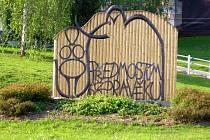 Plastika mamuta v Předmostí u Přerova se před nadcházející turistickou sezonou dočkala vylepšení.