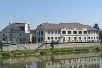 Celkem 105 tisíci korunami přispěje město Přerov na obnovu fasád u vybraných objektů.