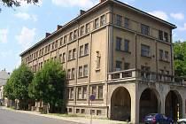 Bývalá armádní budova v Čechově ulici