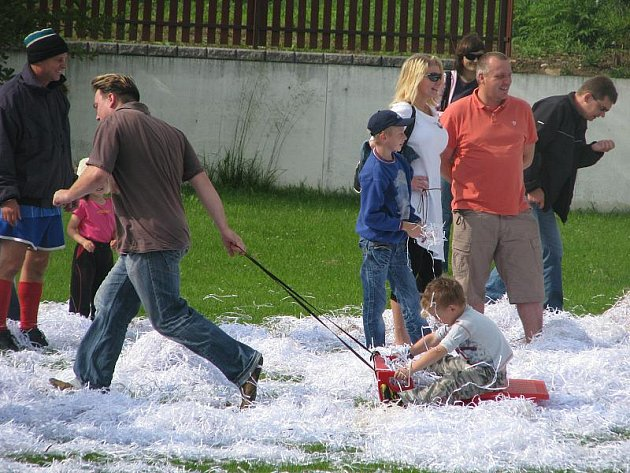 Štědrý den uprostřed léta slavili v sobotu v Drahotuších.