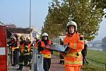 Protipovodňové hasičské cvičení u Bečvy v Přerově