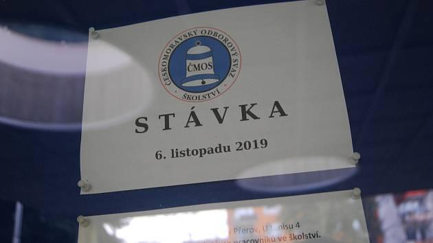 Ke středeční stávce se připojily i některé školy v Přerově - volno budou mít děti ze ZŠ U Tenisu.