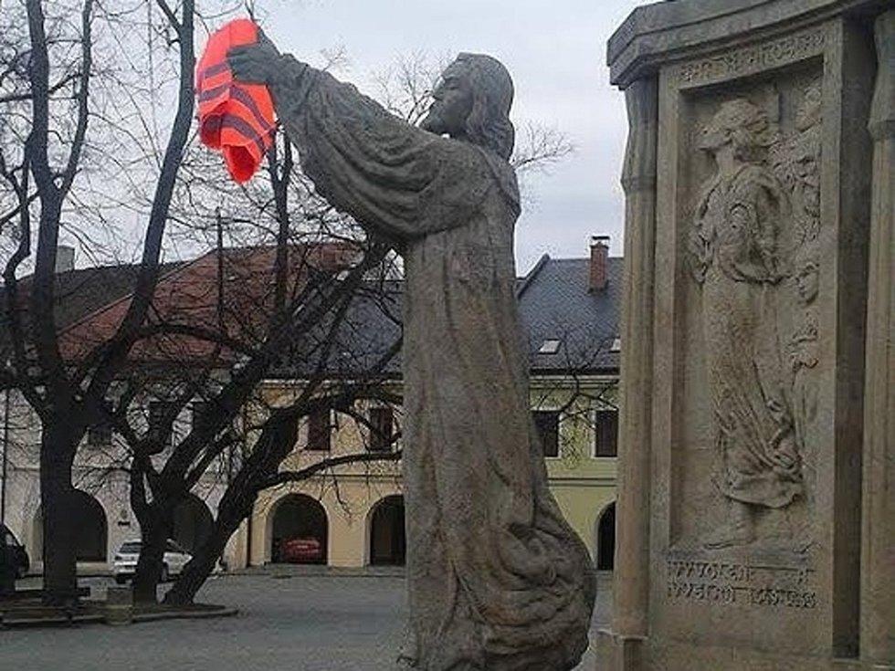 Podporu dobrovolníkům může kdokoliv vyjádřit vyvěšením reflexní vesty ve čtvrtek 3. března.