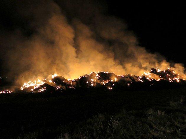 Požár stohu slámy v Kozlovicích