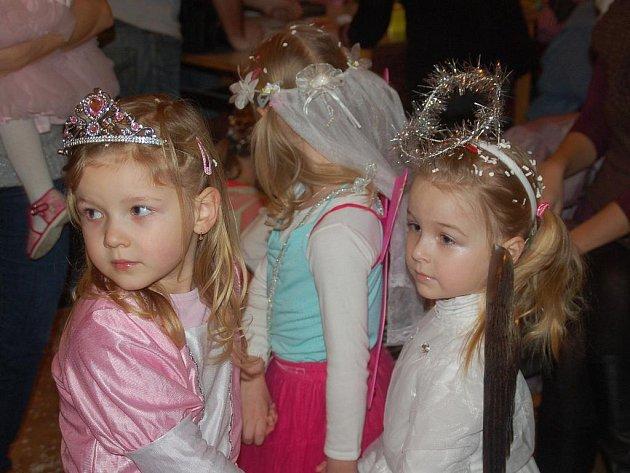 Karneval pro děti v sále přerovského Pivovaru