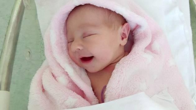 Lea Kroupová, Majetín, narozena 25. června 2020 v Přerově, míra 48 cm, váha 3224 g