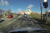 Dopravní situace na křižovatce Velká Dlážka - Polní v Přerově