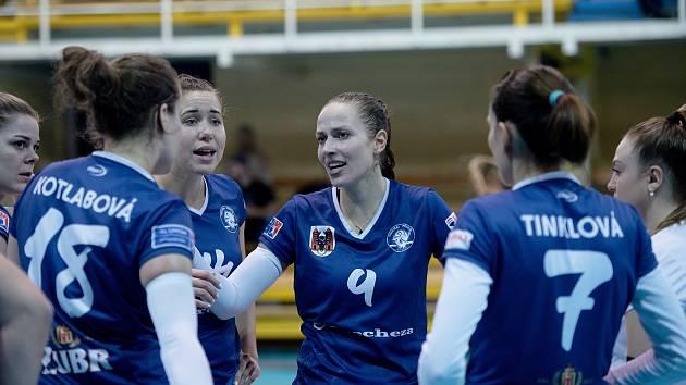 Přerovské volejbalistky (v modrém). Ilustrační foto