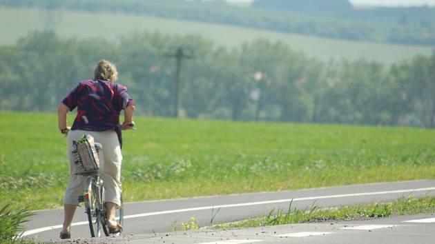 Nebezpečné napojení cyklostezky od Přerova do Želatovic