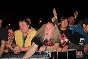 Vrcholem narozeninových oslav v přerovském pivovaru byl koncert kapely Tři sestry.