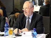 Nový přerovský primátor Vladimír Puchalský (vpravo) po zvolení v listopadu 2014
