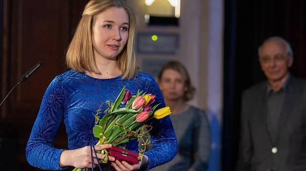 Veslařka Valentýna Kolářová byla oceněna Českým olympijským výborem diplomem za fair play