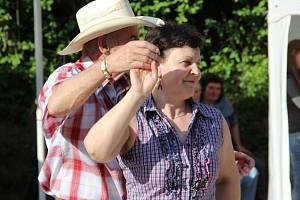 Festival folkové a trampské hudby Tučínský špekáček