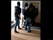 Policejní zásah u podezřelého z výrobce drog