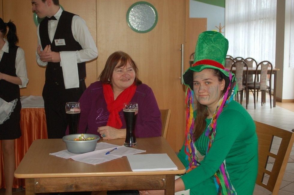 Rodinné soutěžení s bytostmi z pohádkového lesa čekalo v sobotu odpoledne na ty, kteří zavítali do přerovské restaurace Bečva.