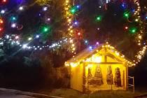 Starosta Horní Moštěnice na 1. adventní neděli rozsvítil vánoční strom