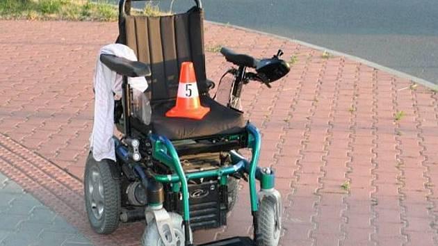 Na křižovatce Velké Novosady v Přerově srazila řidička ženu na vozíku