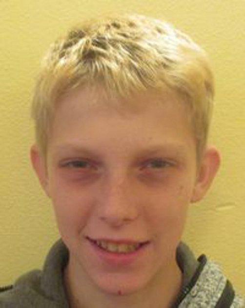 Čtrnáctiletý Jan Cinek se z prázdninového pobytu nevrátil do výchovného ústavu ve Veselíčku, od srpna minulého roku po něm pátrá policie