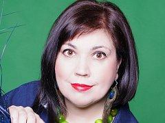 Přerovská spisovatelka Lenka Chalupová vydává novou knihu Ptačí žena. Její děj se odehrává v Přerově.