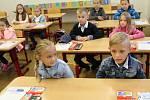 Prvňáčky přivítali v úterý 1. září také na Základní škole Svisle v Přerově.