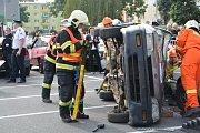 Hasičské soutěže ve vyprošťování zraněných osob z havarovaných vozidel se v Přerově zapojilo deset týmů z Olomouckého a Zlínského kraje