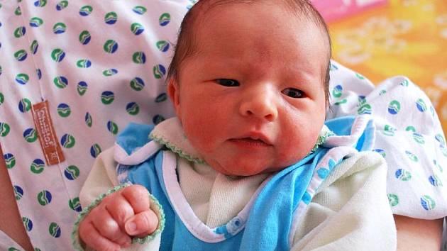 Filip Václavík, Jindřichov, narozen 27. ledna 2011 v Přerově, míra 46 cm, váha 2 900 g (PřD)