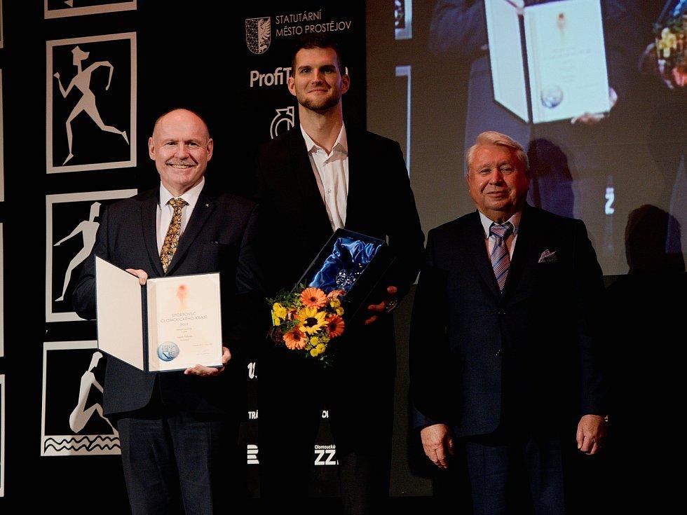 Vyhlášení Sportovce Olomouckého kraje za rok 2019 v Městském domě v Přerově. Basketbalista Lukáš Palyza, 3. nejlepší sportovec