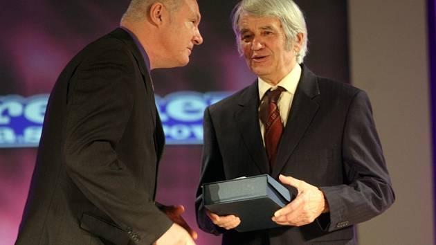Slavnostní večer s vyhlášením ankety o nejúspěšnějšího sportovce roku 2011 města Přerova - SÍŇ SLÁVY  Jiří Březina – (vytrvalec SK Přerov)