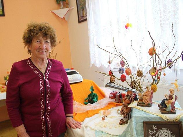 Velikonoční atmosféru navodila výstava, kterou uspořádaly v Čekyni u Přerova místní seniorky.