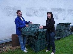Domácnosti ze sedmi obcí mikroregionu Pobečví začnou používat nové kompostéry, které mikroregion nakoupil v rámci úspěšného projektu. V regionu by se díky tomu mohlo zlepšít životní prostředí.