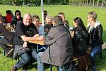 Druhý ročník multižánrového Přerovského majálesu se konal v sobotu odpoledne v parku Michalov, na pódiu se vystřídalo několik kapel z Přerova i okolí.
