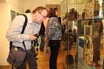 Zahájení výstavy dřevěných kolečkových hodin ze soukromé sbírky Miloše Klikara s názvem Hodiny ze Schwarzwaldu v prostorách Muzea Komenského v Přerově.
