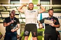 Strongman Jiří Tkadlčík ovládl mistrovství České republiky do 105 kg.